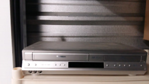 Cd & Vhs combo player 20.00