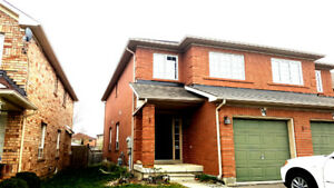 Big House 3 Bed room and basement (UF) 3 parking