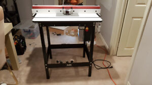 Jessem Router Table and Router