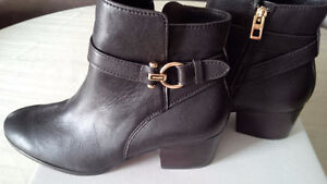 New Coach Modern Boots - for sale ! Kitchener / Waterloo Kitchener Area image 5
