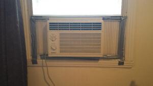 5000 BTU Air conditioner for 40$