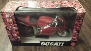 BRAND NEW 1:6 NewRay Ducati 998 red die cast