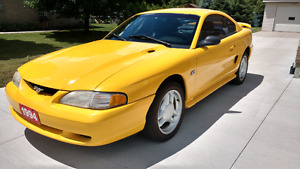1994 Mustang GT 5.0L LowKm!!