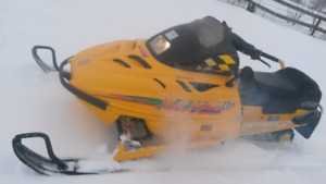 600,670,700,800 SLEDS  (((AND USED BOMBARDIER SLED PARTS )))