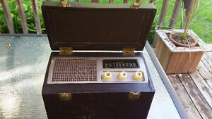 Antique Vintage Airline tube-type portable radio - works great!