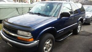 2000 Chevrolet Blazer base SUV, Crossover