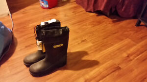 Stanley Men's CSA Lined Rubber Boot Size 11  $60 New with tag .