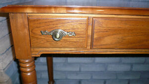 SOFA Table   Quality Nice Piece w TV Stand or end table MINT!! Oakville / Halton Region Toronto (GTA) image 5