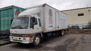Hino 2000 FF3020, 28' ft, Walk ramp - ready to use