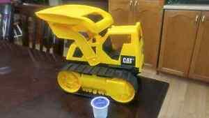 Cat brand kids construction truck toy Cambridge Kitchener Area image 2