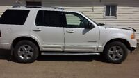 Parting out 2004 Ford Explorer Limited