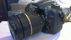Nikon D7100 + Accessories and Lens