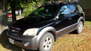 2004 Kia Sorento EX w/Luxury Pkg Sedan
