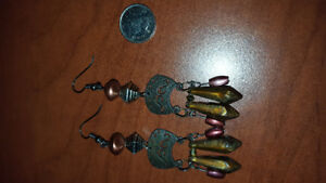 Dangly coppery earrings