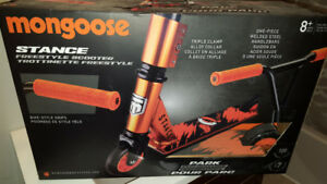 Mongoose Stance Freestyle Scooter