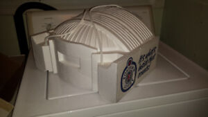 Skydome Cooler - Foster's Light