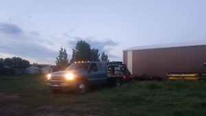 2002 GMC 3500 duramax  chassis flat bed dually $12000 obo