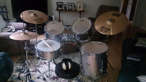DRUM SET--EVANS CB DRUMS--SP SERIES-- SABIAN SYMBOLS--$500