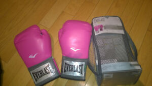 Boxing Gloves Everlast EverFresh - Women's 12Oz