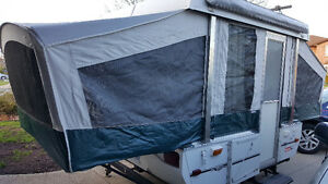Coleman Popup Camper in Excellent Condition