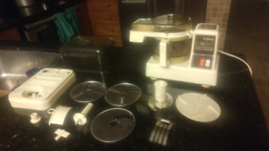 For sale Iong Cadet food processor