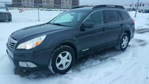 2011 Subaru Outback 2.4i, Leather, Remote Starter, Winter Tires
