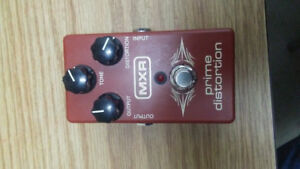 Distortion pedal for sale