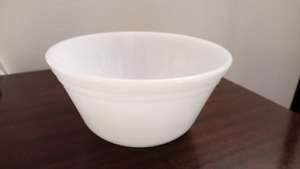 Federal glass white bowl 6 inch