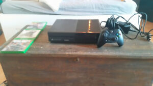 Xbox One 500GB No kinect 5 games 1 wireless controller (battery)