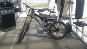 specialized downhill mtnbk for sale or trade for cheap vehicle
