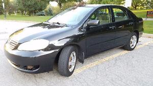 2005 Toyota Corolla LE Sedan