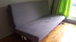Sofa-lit IKEA // Sofa-bed IKEA (urgent!!!)
