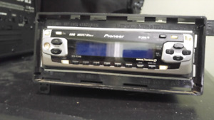 Pioneer Mosfet Car Stereo (50wx4)