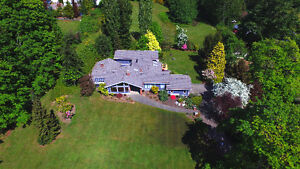 Private Country Estate on Sunny & Level Land {7.88 Acres!}