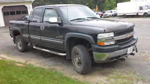 2001 cheverlet Silverado 6.6  turbo  diesel licenced and inspect