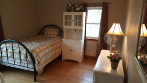 Two student rooms.... walk to downtown