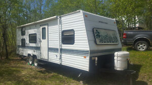 For sale - 27 Ft Fleetwood Wilderness travel trailer