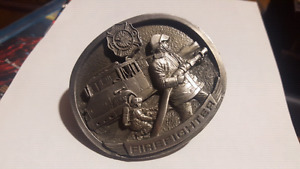 BEAUTIFUL FIREFIGHTER BELT BUCKLE