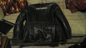 ladies size med leather snowmobile suit