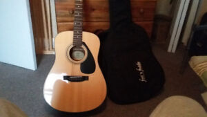Acoustic guitar new condition never used
