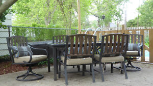 Patio table and 6 Chairs with .cushions