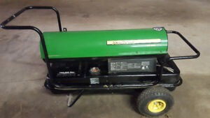 John Deere AC-165 multi-fuel space heater