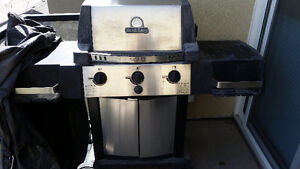 Broil King Bbq with cover
