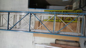 Beams and pillars for warehouse shelving