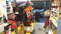 MOTORCYCLE MECHANIC, LICENSED TECHNICIAN 25 YEARS EXP.,