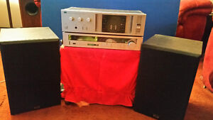 SANSUI stereo w speakers