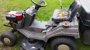 Riding lawn mower  (engine)