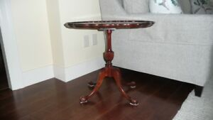 Tilting End Table