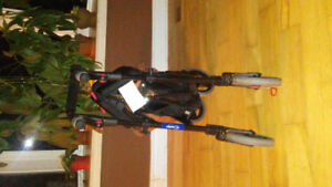 Nexus walker with canvas basket EUC