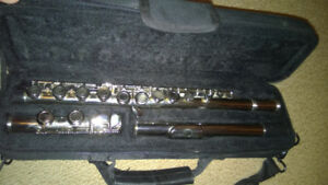 Academy FL2SSE Scholarship series Silver plated student flute